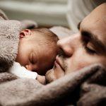 Baby blues des papas : la dépression concerne aussi les pères