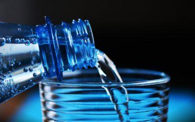 Quelle eau boire lorsque l'on est jeune maman ?